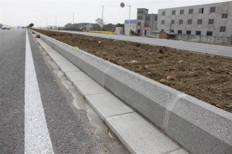 水泥路沿石砖机型号图片