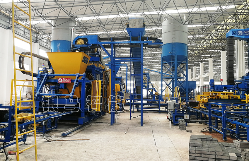 煤矸石免烧砖制砖机生产线中全自动码垛机的几大优势!