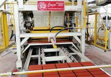 新建全自动免烧砖机制砖工厂缺一不可的条件!
